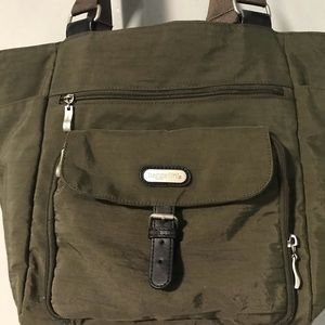 Baggallini Bags - Baggallini olive green tote